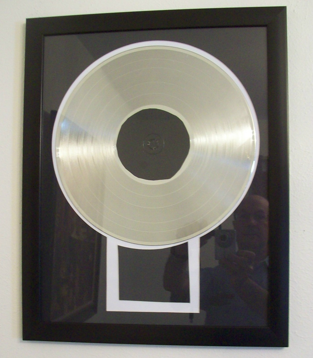 Image for CD/DVD Gold or Platinum Record Display