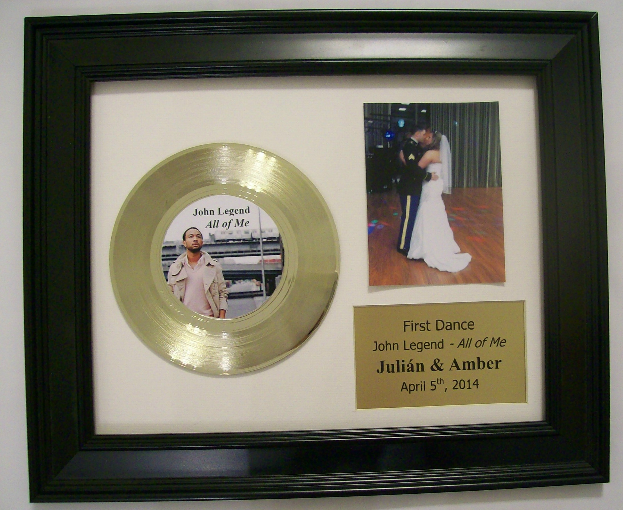 Image for Wedding First Dance Display 45 Gold